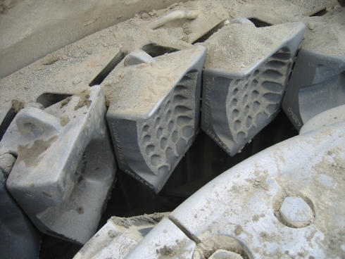 vsi crusher parts anvil